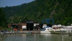 007-1Hafen-mit-Boote-Braun.jpg